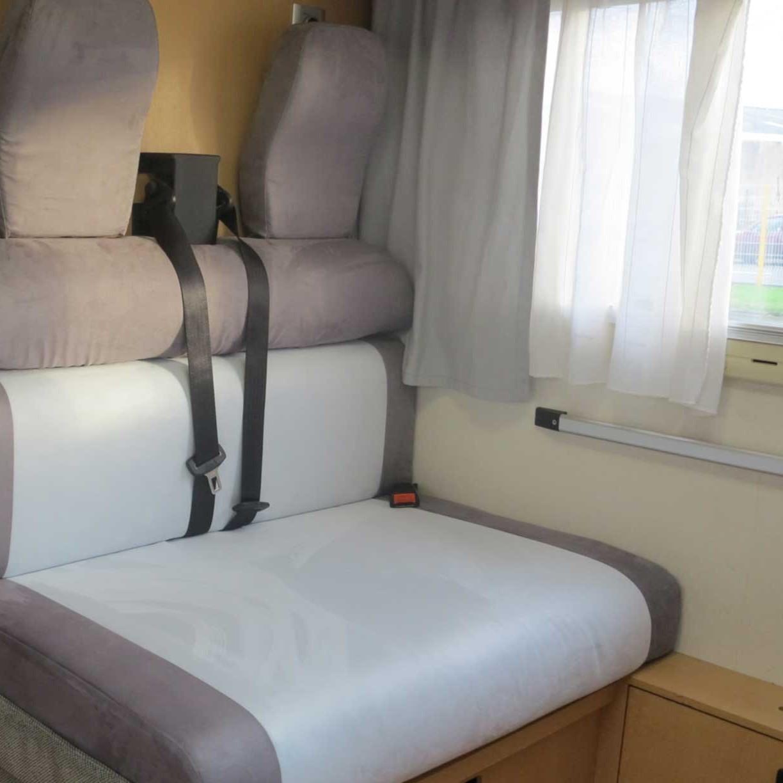 Am nagement int rieur de camping car atelier des loisirs for Decoration et amenagement interieur