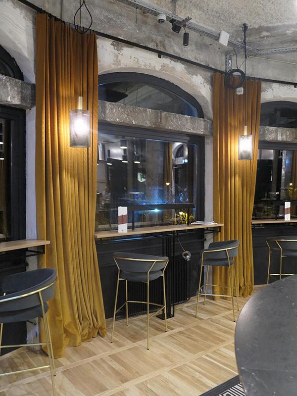Rideaux salle de bar